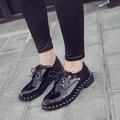 Women's Patent Leather Flat Heel Flats With Rivet Lace-up shoes