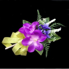 Bright Free-Form Satin/Cotton Boutonniere -