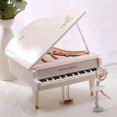Non-personalized Elegant Alloy Plastic Music Box