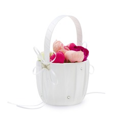 Pretty Flower Basket in Satin With Rhinestones