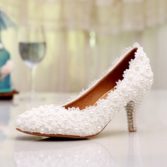 Women's Lace Low Heel Closed Toe Pumps